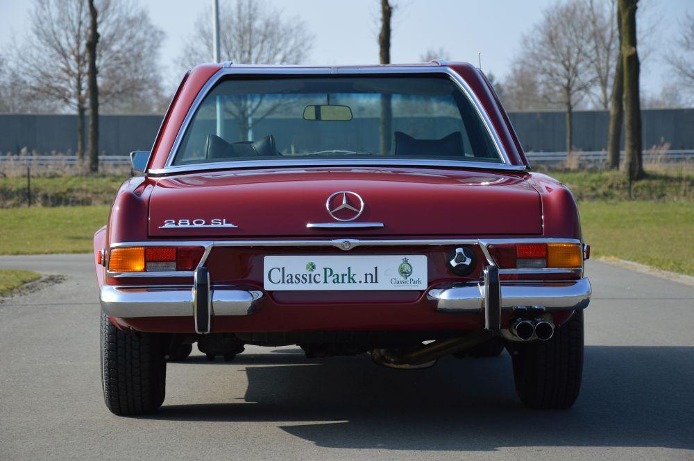 Classic park cars mercedes benz 280 sl automatic for Parking at mercedes benz superdome
